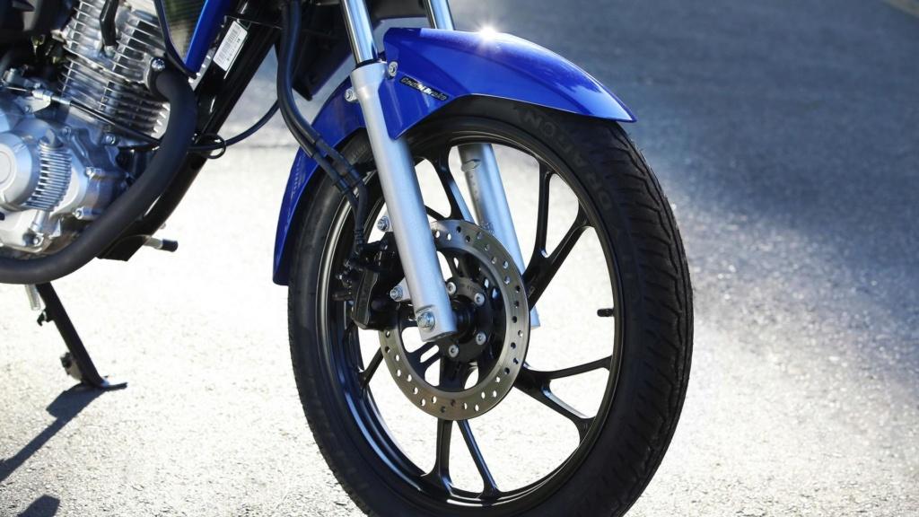 Proibir moto na Marginal Pinheiros é como culpar arma pela violência Honda-79