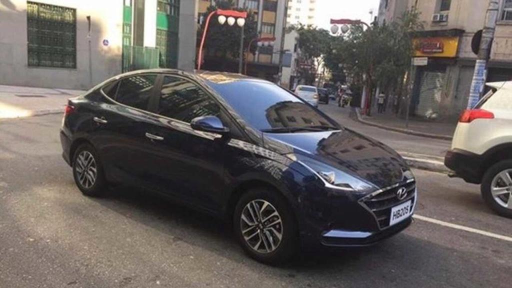 """Novo Hyundai HB20S 2020 tem imagem da traseira """"de cupê"""" revelada Hyunda79"""