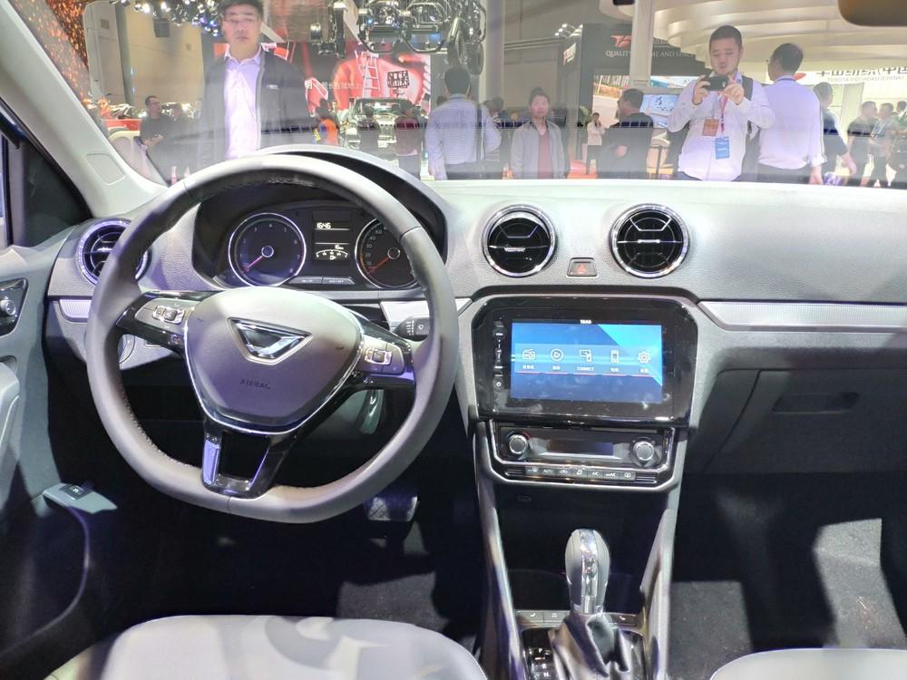 Jetta vira marca da Volkswagen na China, e sedã baseado no Santana é uma das apostas Img-2027