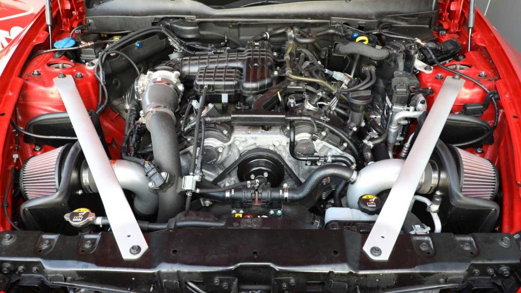 """Kia Stinger é salvo da """"morte"""" com preparação de 430 cv Kia-st12"""