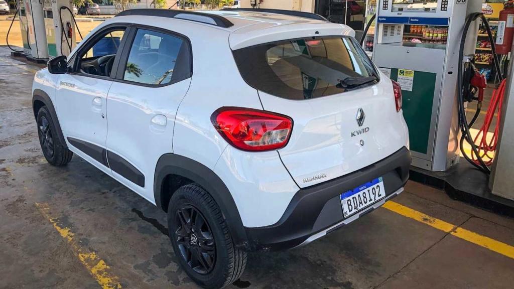 Teste: Renault Kwid Outsider em busca dos 20 km/litro Kwid-o15
