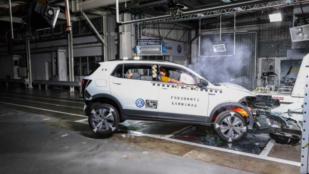VW mostra como fez o T-Cross ter 5 estrelas em segurança Labora19