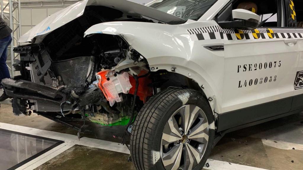 VW mostra como fez o T-Cross ter 5 estrelas em segurança Labora20