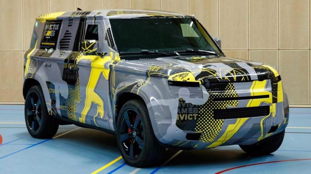 Novo Land Rover Defender 2020 se exibe quase sem camuflagem Land-r12