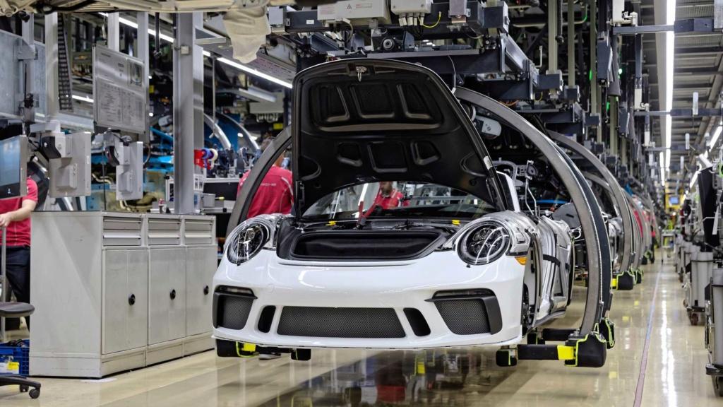 Porsche 911 da geração anterior se despede da linha de produção com o Speedster Last-910