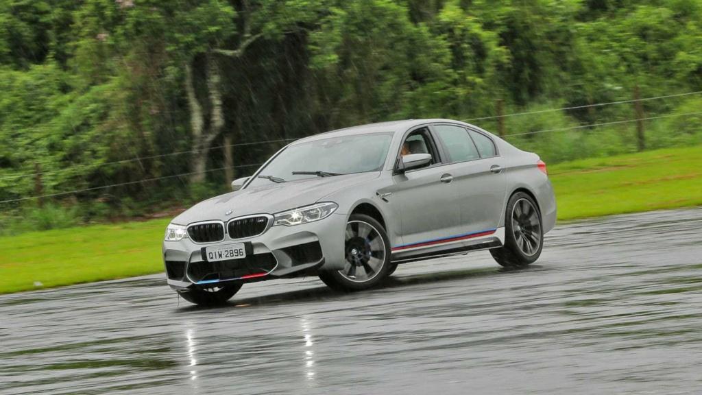 Track day: Novo BMW M5 encara Audi RS6 e Porsche Panamera na pista M5-edi10