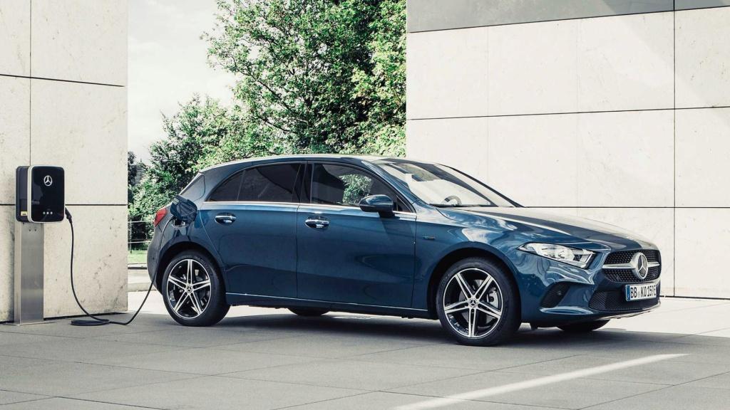 Mercedes-Benz revela Classe A e Classe B híbridos Merced31