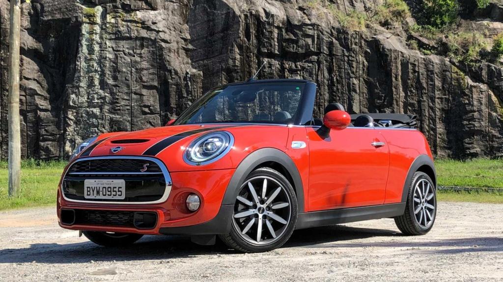 Mini Cooper voltará às origens e ficará menor na próxima geração Mini-c10