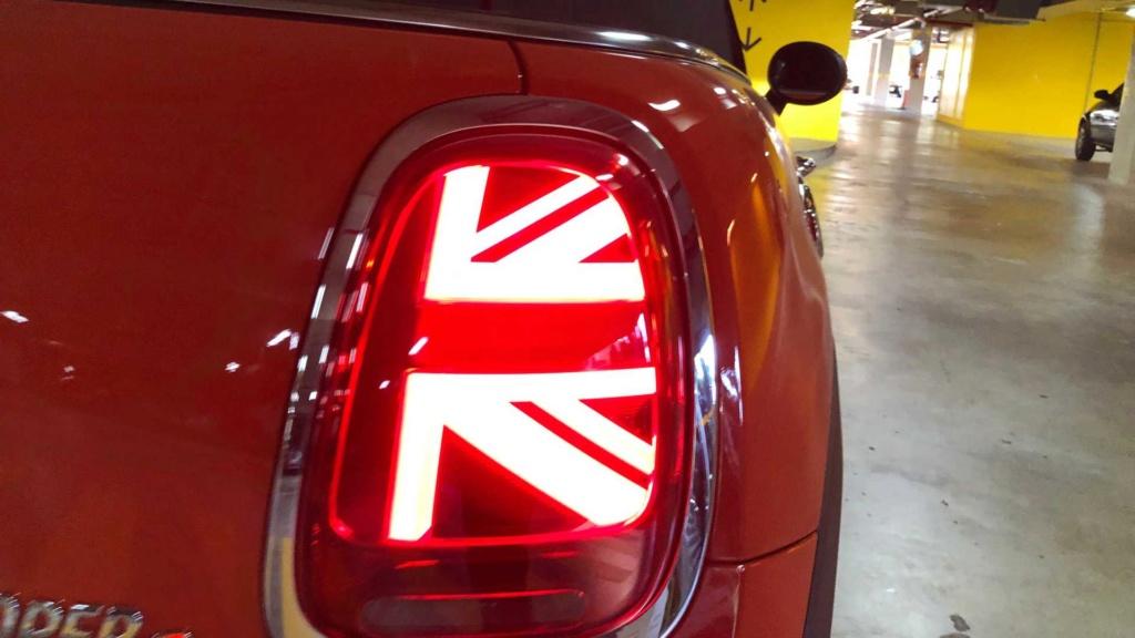 Mini Cooper voltará às origens e ficará menor na próxima geração Mini-c12