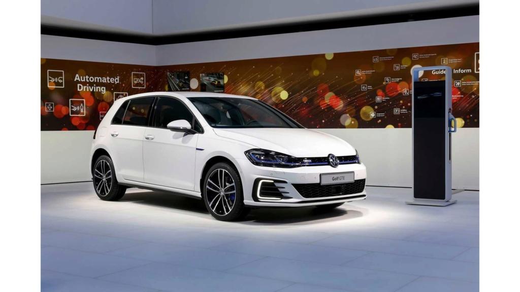 VW enfim confirma Golf GTE no Brasil este ano New-vo10