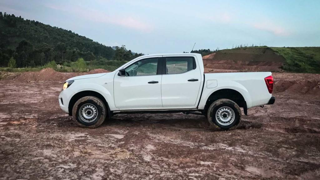 Teste Nissan Frontier S MT: Aqui é trabalho Nissan17