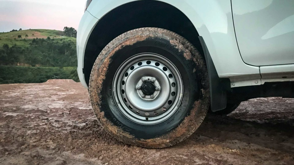 Teste Nissan Frontier S MT: Aqui é trabalho Nissan20
