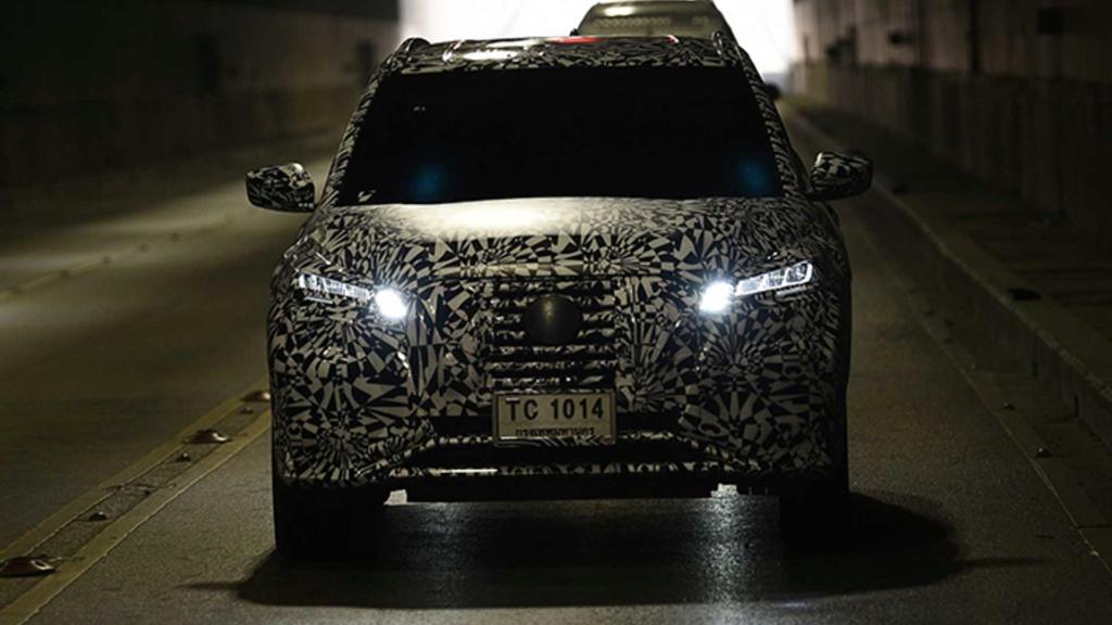 Flagra: Novo Nissan Kicks 2021 aparece sem camuflagem Nissan80