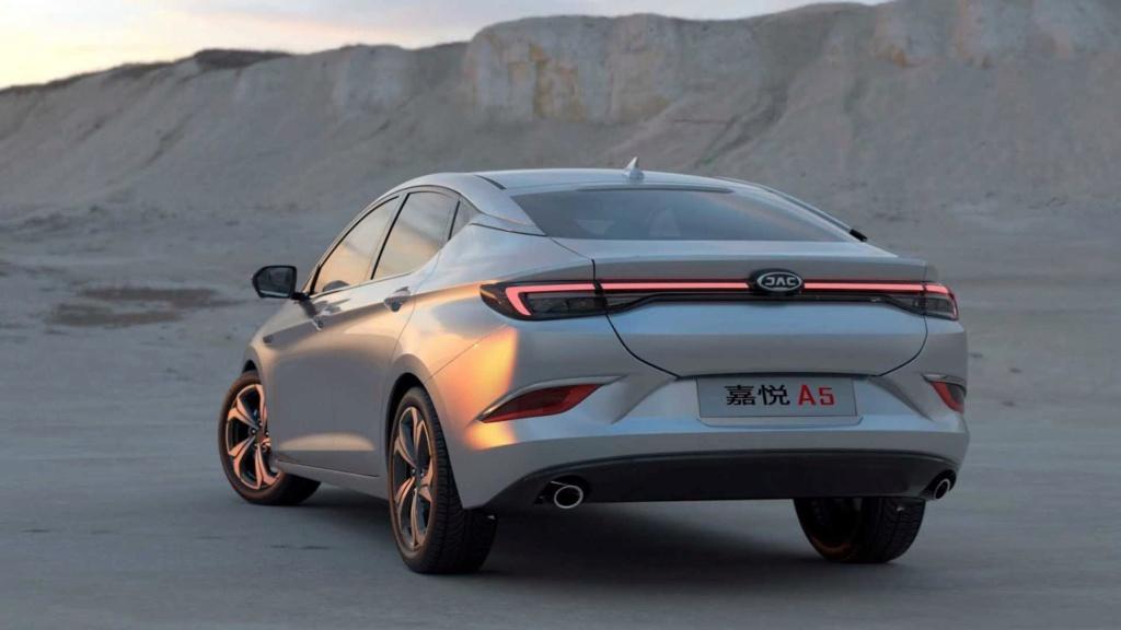 Novo JAC A5 une design Alfa Romeo e engenharia VW Novo-j10