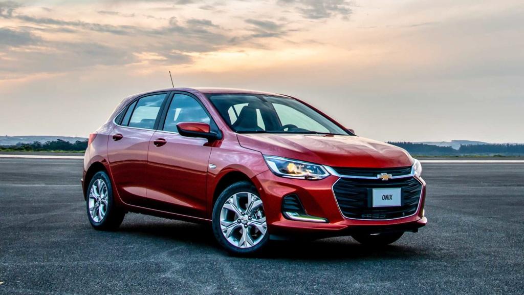 Vídeo - Levamos o Chevrolet Onix 2020 turbo para a pista! Novo-o15