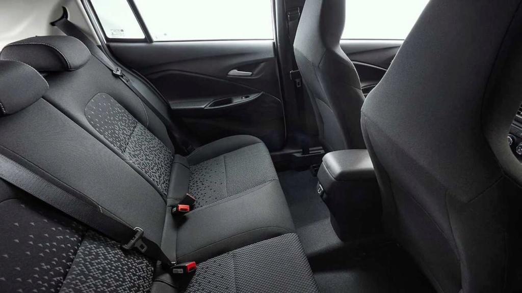 Chevrolet Onix Hatch 2020: GM divulga dimensões e novas fotos Onix-h12