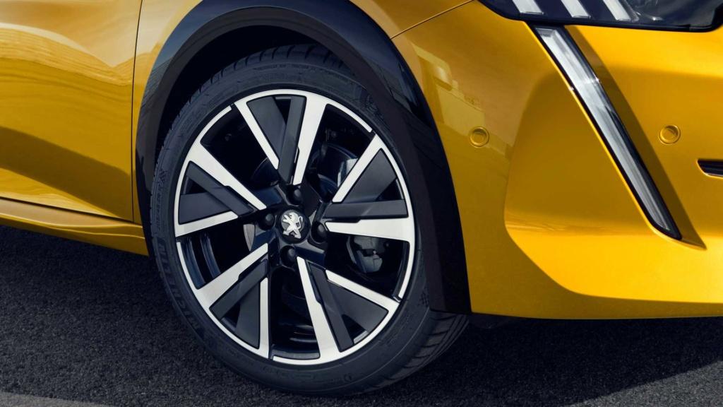 Novo Peugeot 208 roda na Argentina e chega ao Brasil em 2021 Peugeo31
