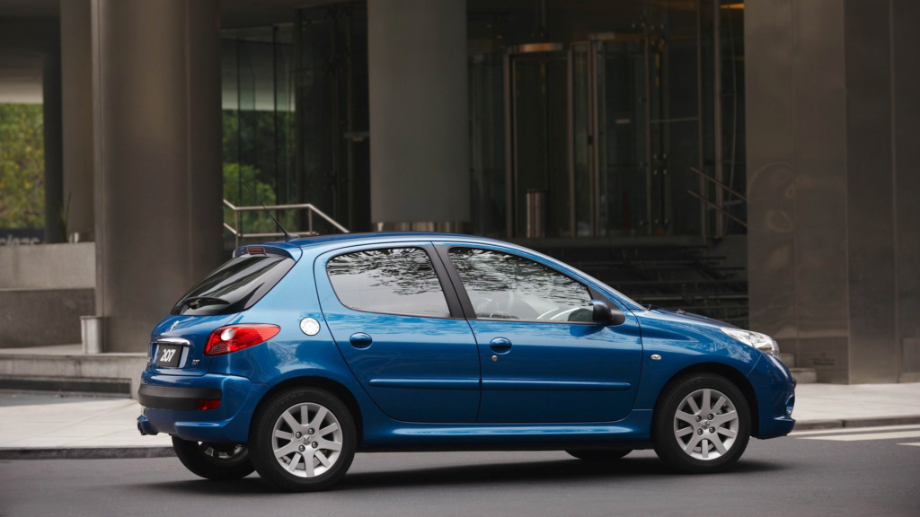 Peugeot 207 brasileiro foi um erro que custou caro, diz CEO da marca Peugeo90