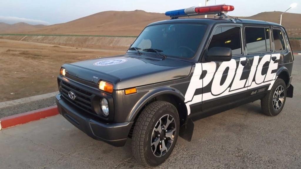 Lada 4x4 foi servir na polícia ... Mongólia Police10