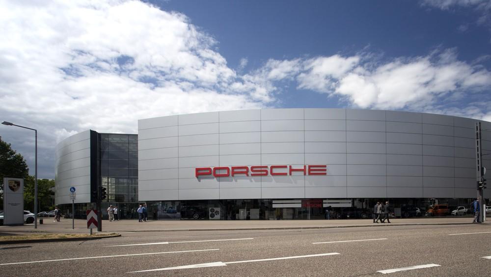 Porsche é multada em 535 milhões de euros por fraude em emissões Porsch14