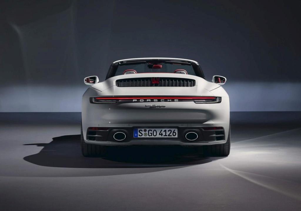 """Novo Porsche 911 Carrera """"de entrada"""" é apresentado com 385 cv Porsch31"""