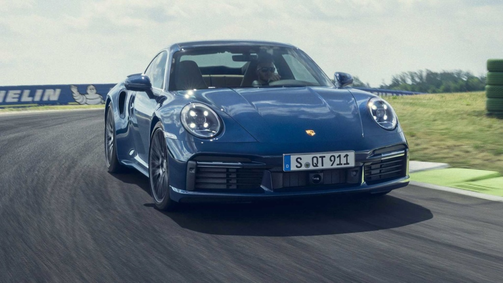 Novo Porsche 911 estreia agora na versão Turbo com motor de 580 cv Porsch43