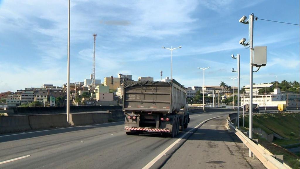 Mil pontos podem deixar de ter radar em rodovias federais até junho Radare10