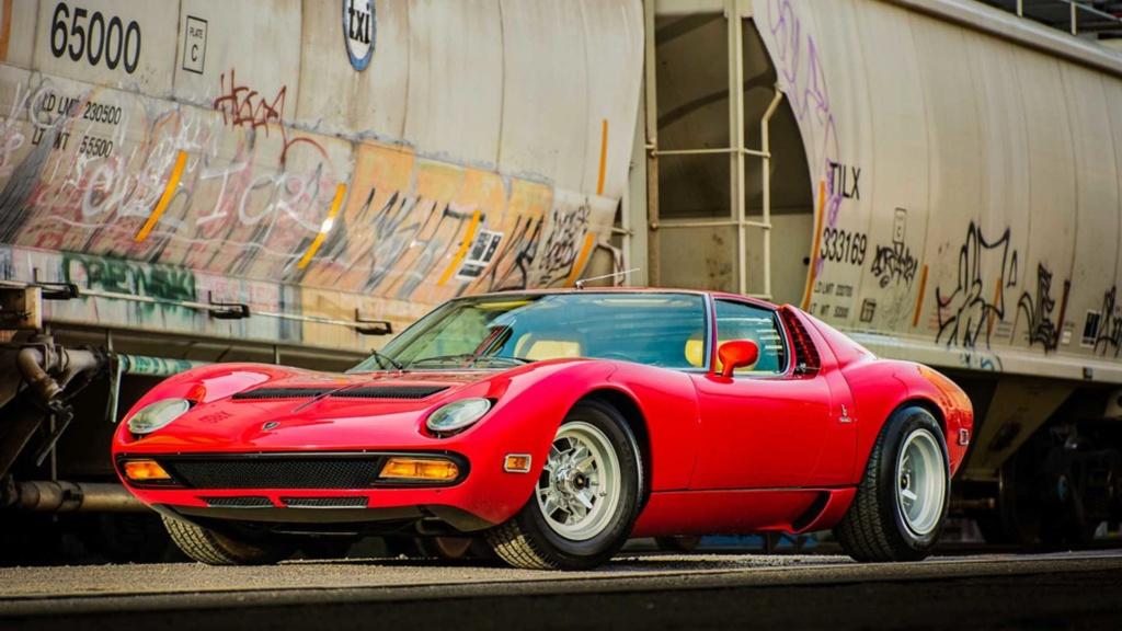 Raro Dry-Sump 1971 Lamborghini Miura SV indo para o leilão Rare-d10