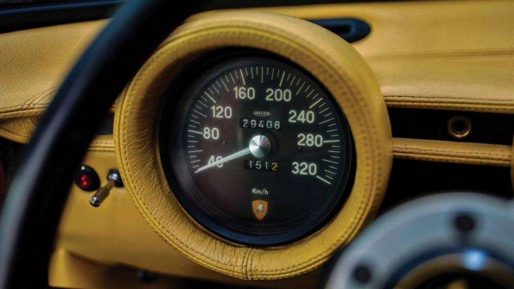 Raro Dry-Sump 1971 Lamborghini Miura SV indo para o leilão Rare-d13