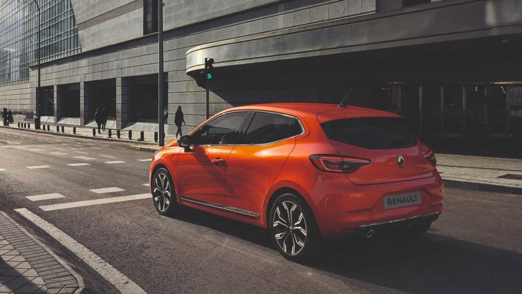 Renault Clio híbrido pode custar o equivalente a R$ 104,6 mil Renau107