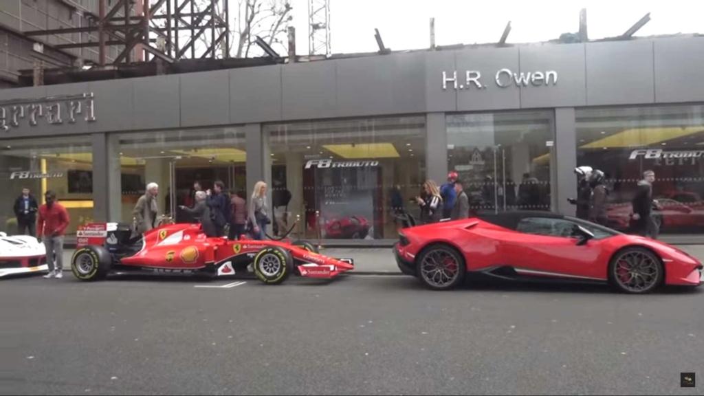 Ferrari F8 Tributo já aparece nas ruas Superc10