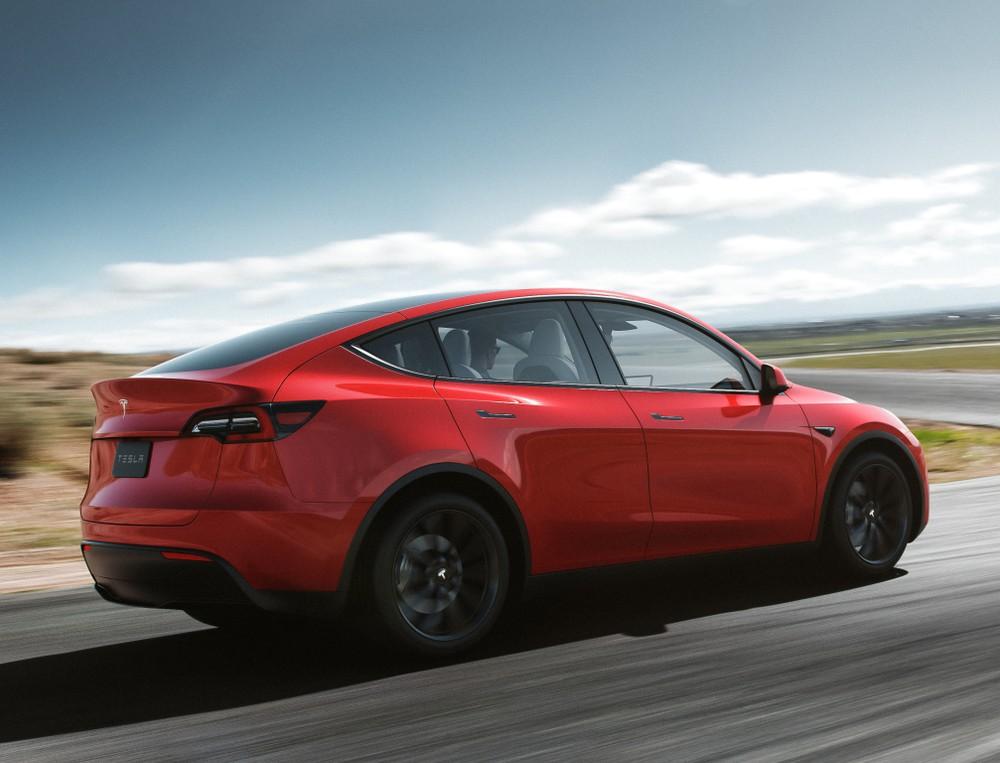 Tesla planeja levantar até US$ 2,7 bilhões em nova venda de ações Tesla-13