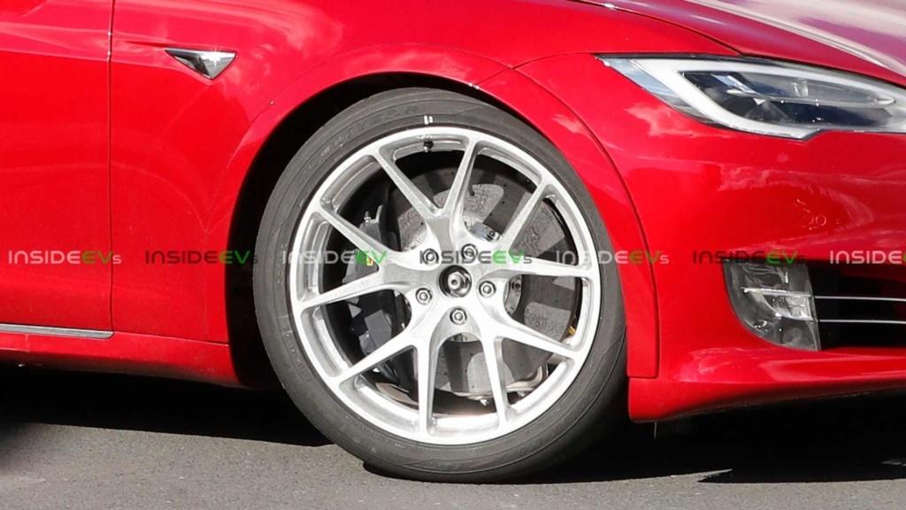 Tesla Model S pode superar recorde de Porsche Taycan em Nürburgring Tesla-19