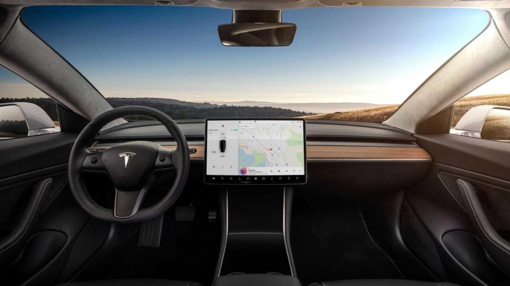 Tesla Model 3 ganha potência com upgrade de US$ 2 mil e sem sair de casa Tesla-29