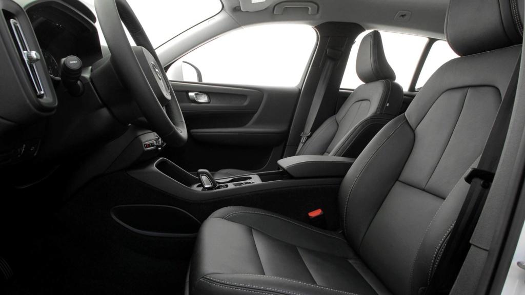 Volvo cogita lançar compactos, incluindo SUV abaixo do XC40 Teste-11