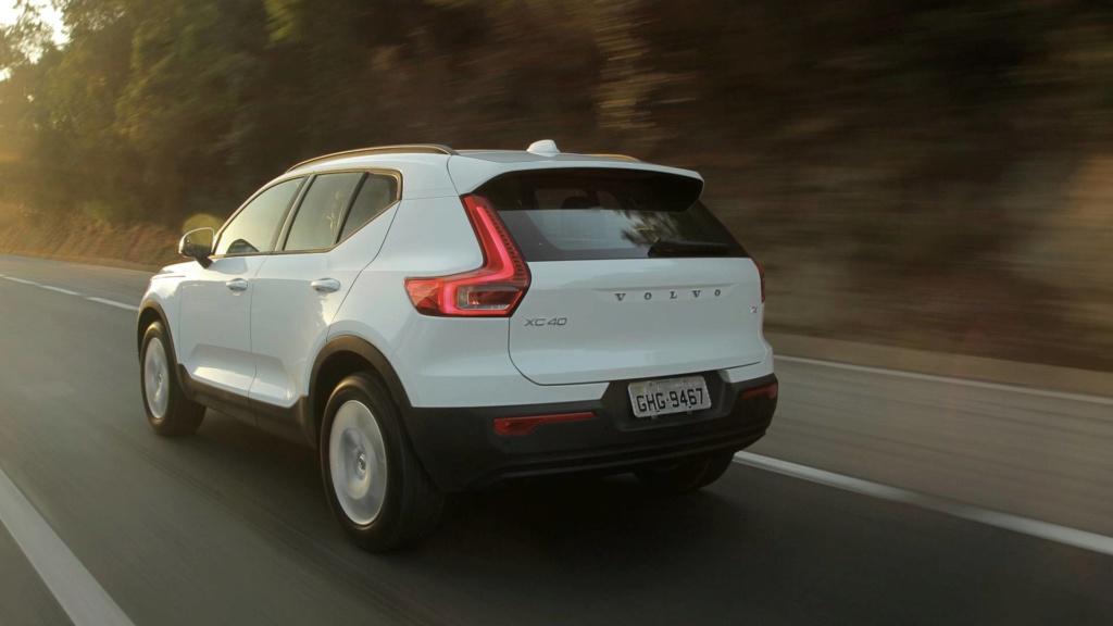 Volvo estuda SUVs abaixo do XC40 e acima do XC90 Teste-14