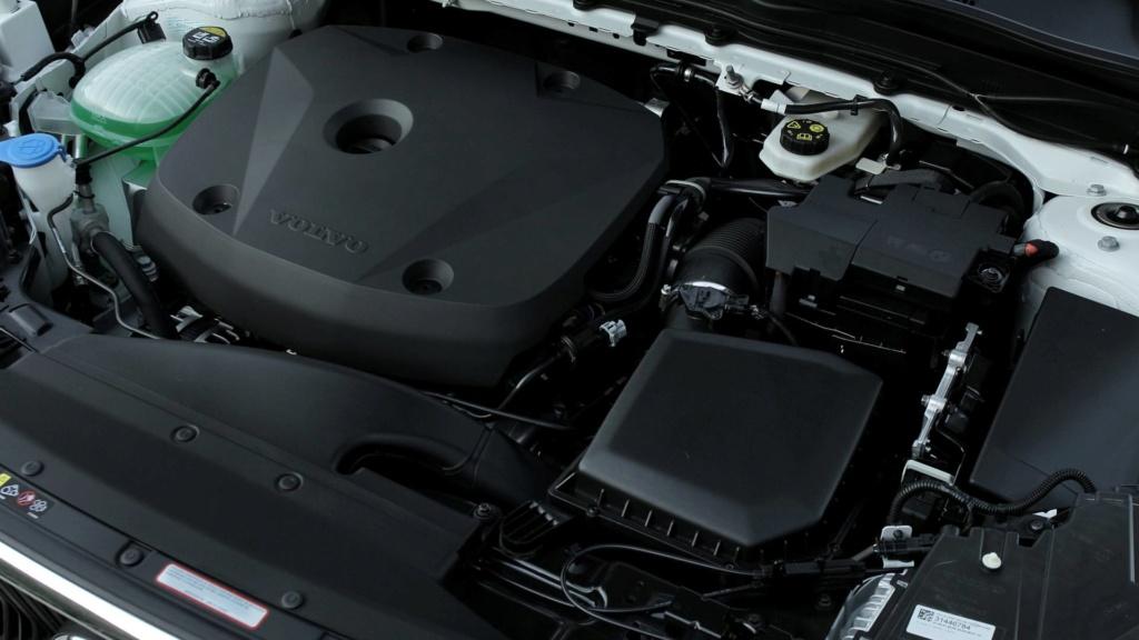 Volvo estuda SUVs abaixo do XC40 e acima do XC90 Teste-15