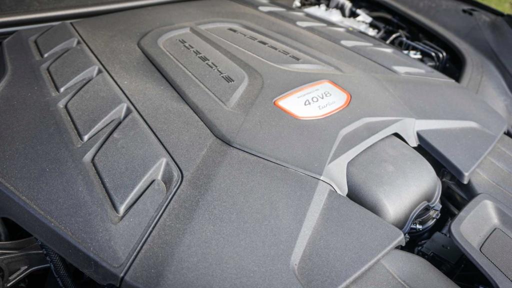 Porsche Cayenne Turbo, um transatlântico metido a 911 Teste-20