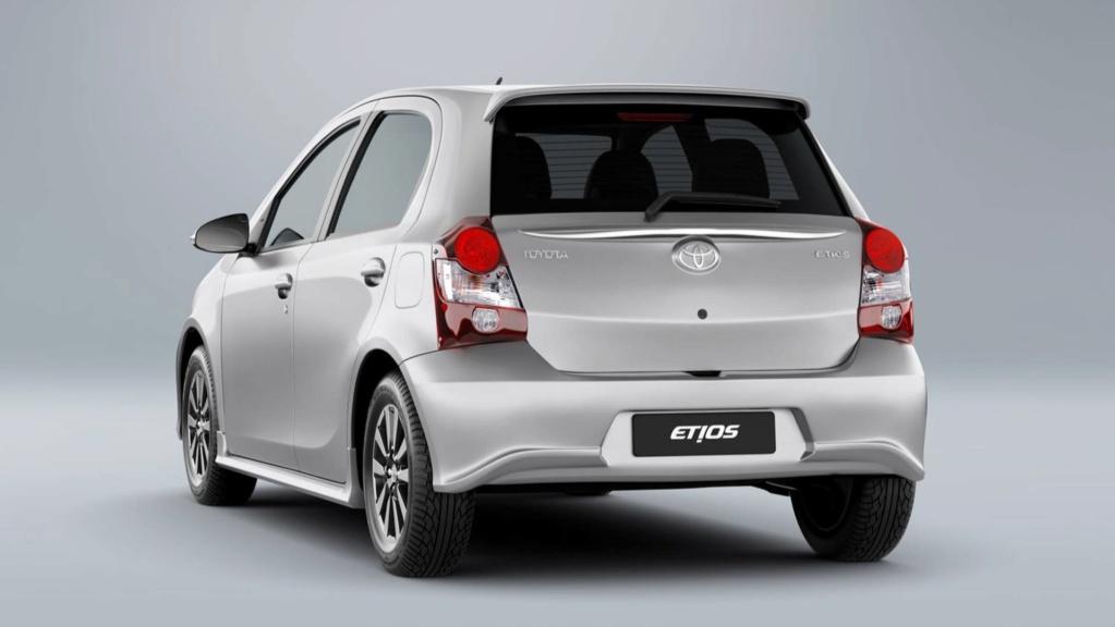 Toyota Etios 2020 aparece no site da marca; e mais caro Toyota13