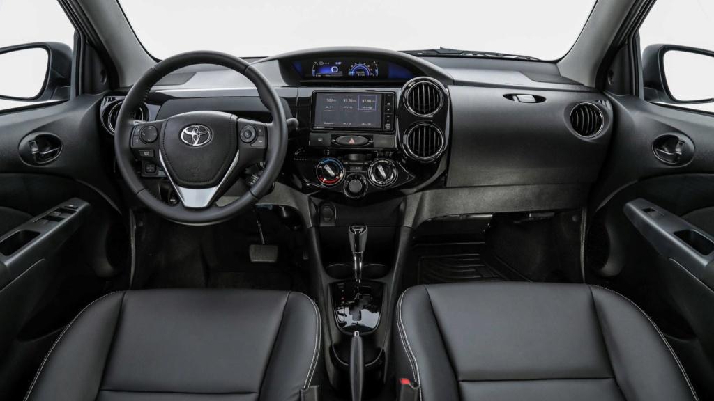 Toyota Etios 2020 aparece no site da marca; e mais caro Toyota15