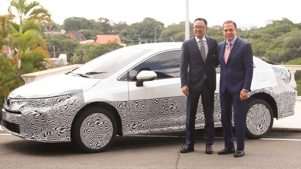 Novo Toyota Corolla híbrido flex é confirmado para final de 2019 Toyota21