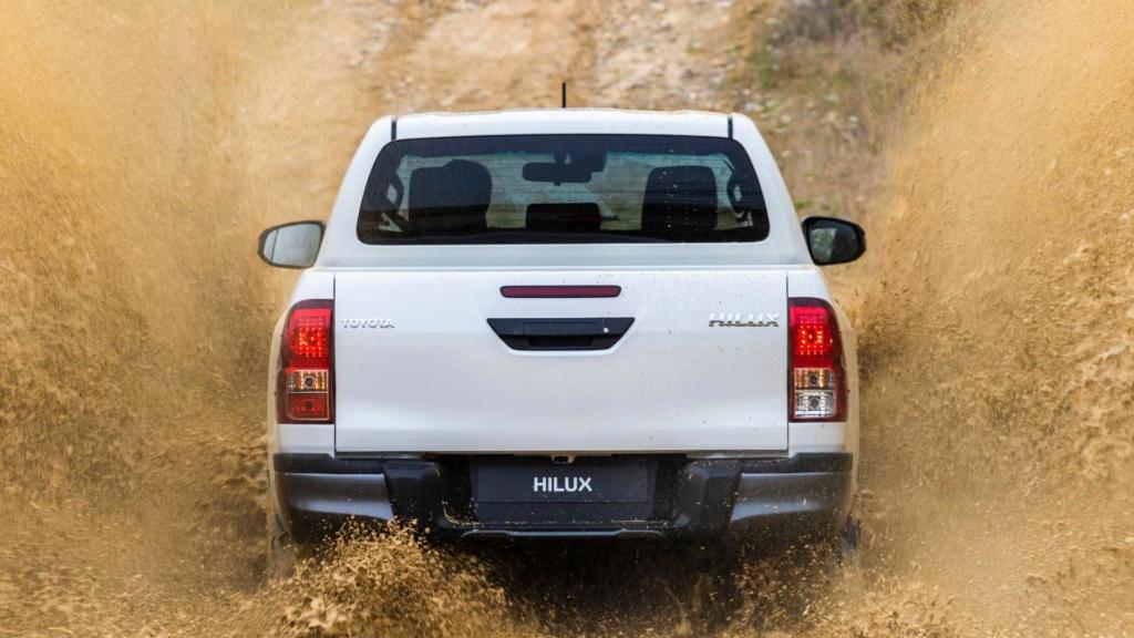 Toyota Hilux 2020 terá sete airbags de série nas versões de cabine dupla Toyota46