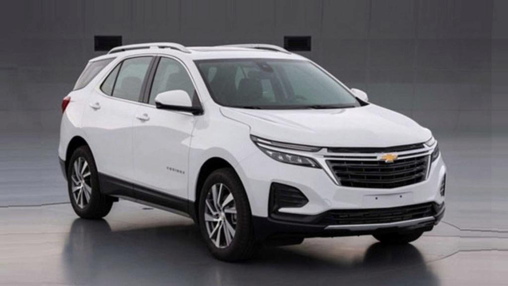 Chevrolet Equinox 2021 reestilizado aparece sem disfarces antes da hora Vazou-10