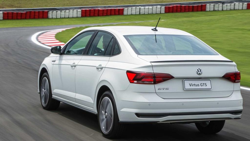 Teste: VW Virtus GTS - Quem não tem GLI caça com... Volks124