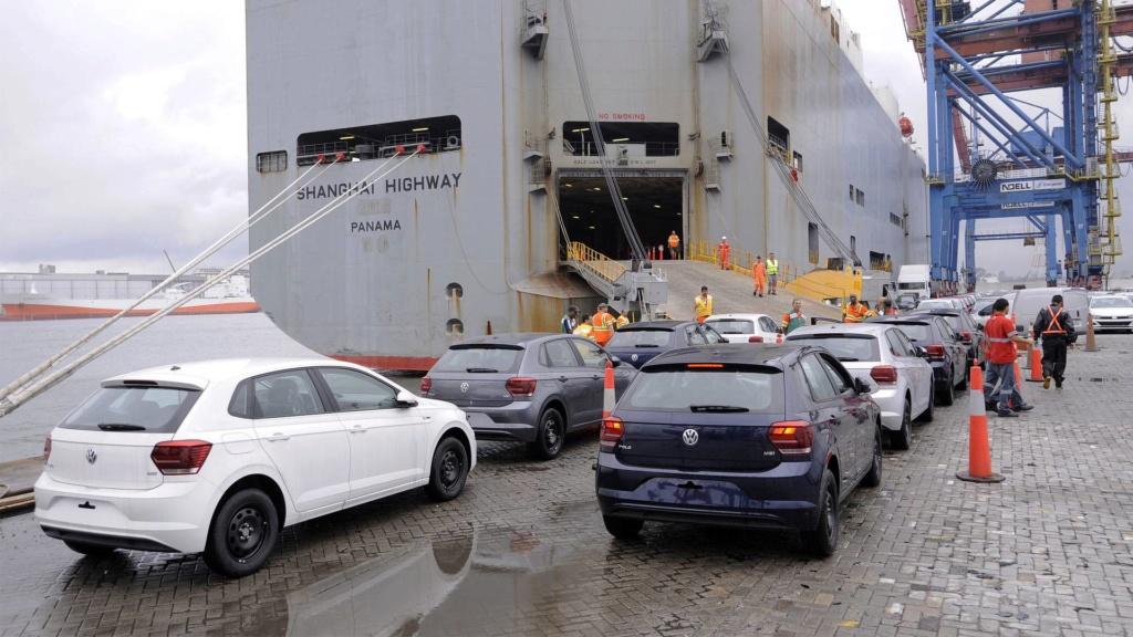 Brasil e México passam a ter livre-comércio de veículos e peças Volksw13
