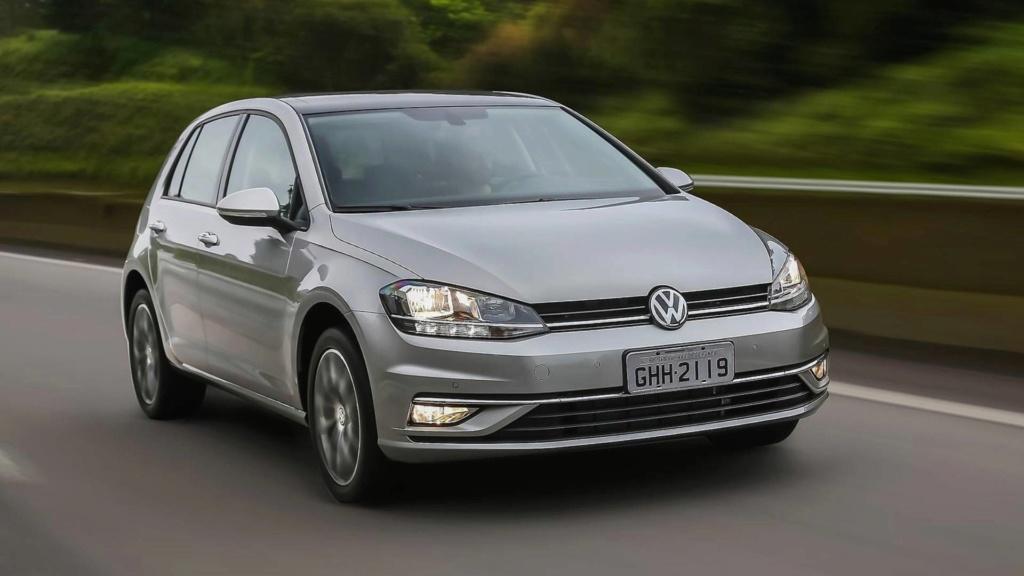 Volkswagen Golf nacional vai continuar com versões 1.0 e 1.4 ? Volksw17