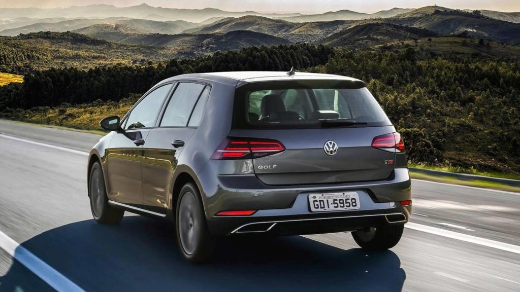 Volkswagen Golf nacional vai continuar com versões 1.0 e 1.4 ? Volksw19