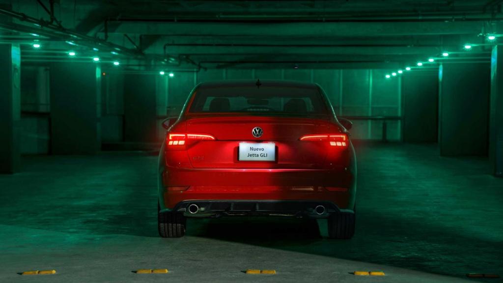 VW confirma Jetta GLI para junho nas lojas brasileiras Volksw70