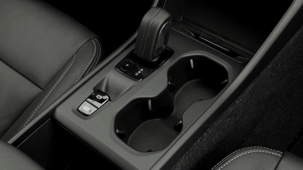 Volvo cogita lançar compactos, incluindo SUV abaixo do XC40 Volvo-13
