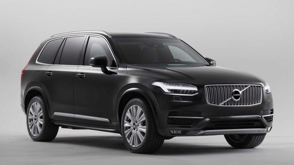 Volvo confirma lançamento de XC90, XC60 e XC40 blindados no Brasil Volvo-21